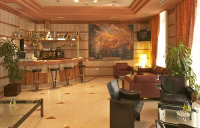 Ciudad_de_Oviedo-Oviedo-Hotel_bar-55577.jpg