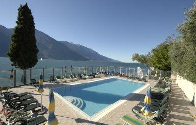 Capo_Reamol-Limone_sul_Garda-Pool-1-56403.jpg