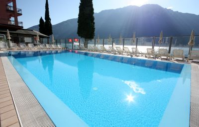 Swimming pool Capo Reamol