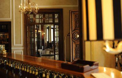 Vestíbulo del hotel De la Vill