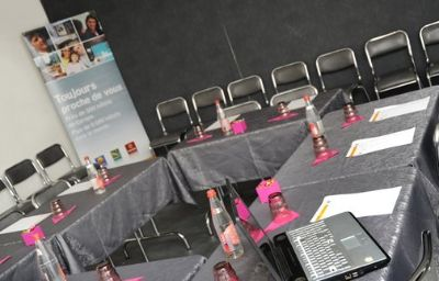 Garden_Tours_Sud_INTER-HOTEL-Chambray-les-Tours-Conference_room-57190.jpg