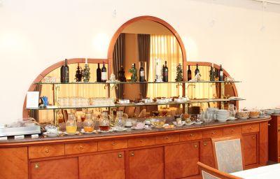 Ascania-Aschersleben-Breakfast_room-1-57663.jpg