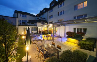 Jardin Park Inn by Radisson Uno City Vienna