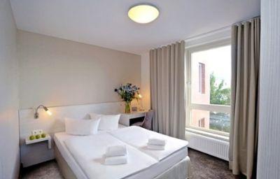fjord-Berlin-Room-14-60647.jpg
