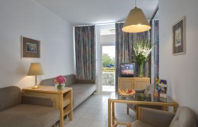Marina_Danubius_Zrt_-Balatonfuered-Apartment-1-60851.jpg