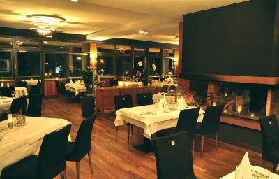 La_Pergola_am_Burghof-Loerrach-Restaurant-1-62160.jpg