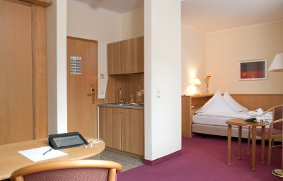 Winters_Eurotel_Boardinghouse_Non_Smoking-Offenbach-Single_room_standard-62299.jpg