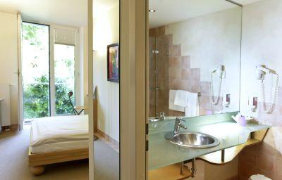 Watthalden-Ettlingen-Bathroom-1-62537.jpg