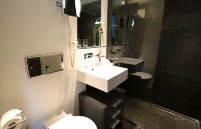 Bathroom Marina Lachen