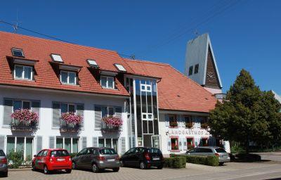 Loewen_Landgasthof-Waldkirch-Exterior_view-5-64627.jpg