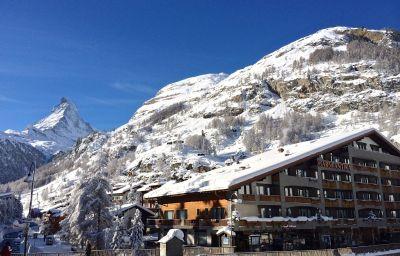 Antika-Zermatt-Exterior_view-3-65043.jpg