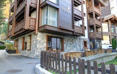 Europe_Hotel_SPA-Zermatt-Exterior_view-6-65050.jpg