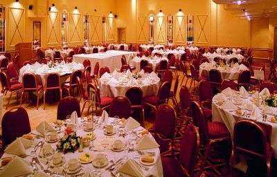 Angel_-_The_Hotel_Collection-Cardiff-Banquet_hall-65330.jpg