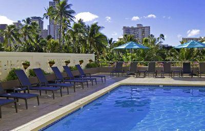 Piscina DoubleTree by Hilton Alana Waikiki Hotel