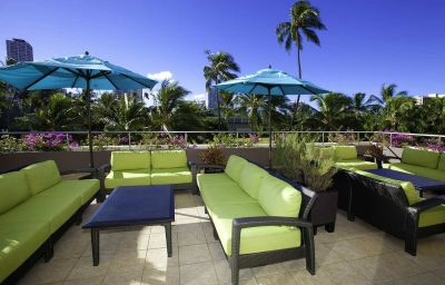 Piscina DoubleTree by Hilton Alana-Waikiki