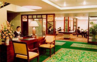 Yangtze-Wuhan-Hotel_bar-66489.jpg