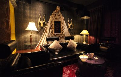 The_Luxe_Manor-Hong_Kong-Hotel_bar-2-67481.jpg
