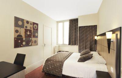 A_lhotel_des_Roys-Versailles-Double_room_superior-6-68531.jpg