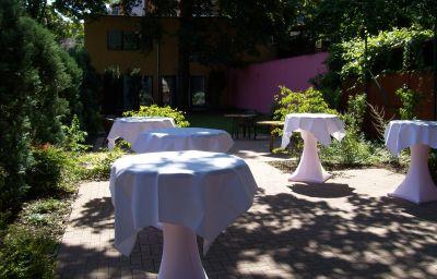 Allee-Hotel_Pavillon_Superior-Karlsruhe-Garden-2-69345.jpg