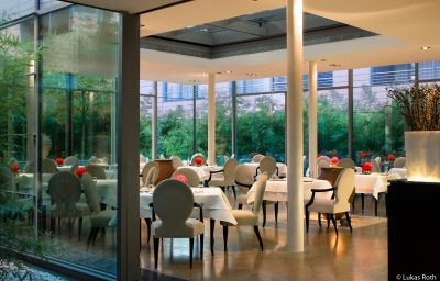 The_Mandala-Berlin-Restaurant_1-69452.jpg