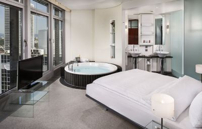 The Suite Hotel Frankfurt Ostend