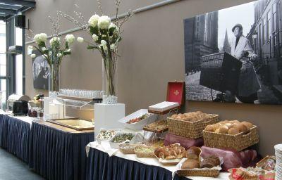 Bufet de desayuno Hampshire Hotel 's Gravenhof Zutphen