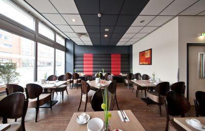 Novum_Business_Belmondo_Hbf_-Hamburg-Breakfast_room-3-70331.jpg