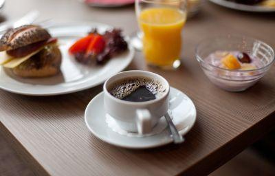 Breakfast buffet Novum Belmondo Hbf.