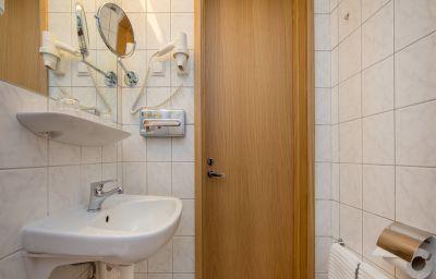 Paernu-Paernu-Bathroom-1-70502.jpg