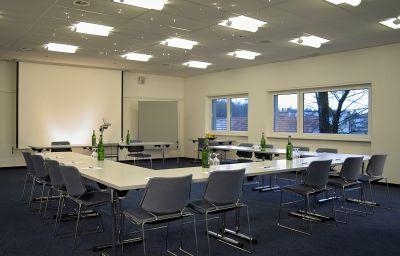 Florida-Studen-Seminar_room-70916.jpg