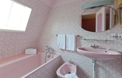 Bathroom Caravelle