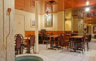 Caravelle-Paris-Breakfast_room-3-71010.jpg