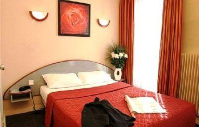 Nouvel_Eiffel-Paris-Room-2-71031.jpg