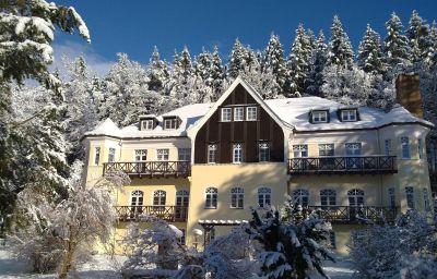 Villa_Wilisch-Amtsberg-Hotel_outdoor_area-71042.jpg