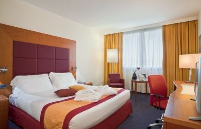 Crowne_Plaza_VENICE_EAST_-_QUARTO_DALTINO-Quarto_dAltino-Room-8-71483.jpg