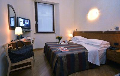 Double room (standard) Zurigo