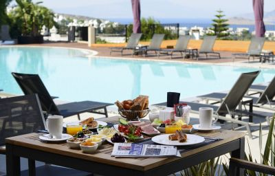 Ramada_Resort_Bodrum-Bodrum-Breakfast_room-72876.jpg