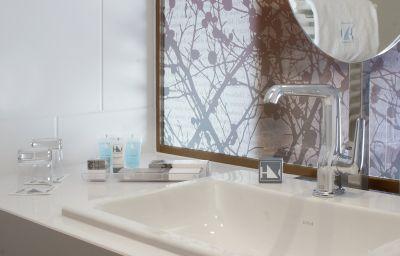 Eurostars_Book_Hotel-Munich-Bathroom-2-73238.jpg