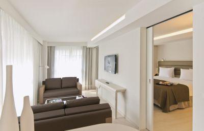 Eurostars_Book_Hotel-Munich-Junior_suite-1-73238.jpg