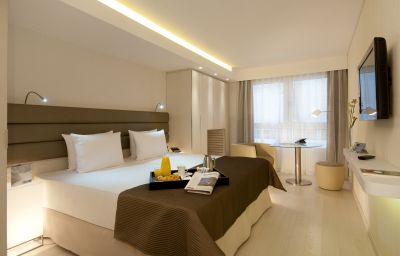 Eurostars_Book_Hotel-Munich-Double_room_standard-2-73238.jpg