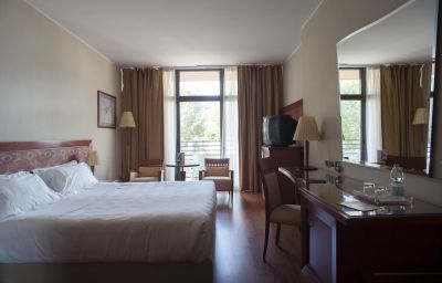 NH_Lecco_Pontevecchio-Lecco-Double_room_superior-1-73901.jpg