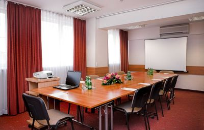Reytan-Warsaw-Meeting_room-2-74243.jpg