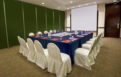 Fiesta_Inn_Saltillo-Saltillo-Conference_room-74470.jpg
