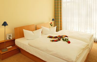 Double room (standard) Strandhotel Seerose
