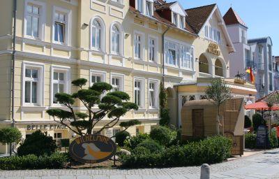 Villa_Wilhelmine-Kuehlungsborn-Hotel_outdoor_area-75064.jpg