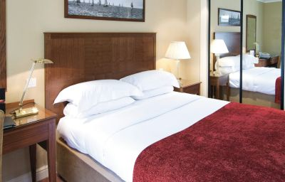Macdonald_Elmers_Court_Hotel_Resort-Lymington-Double_room_standard-1-75288.jpg