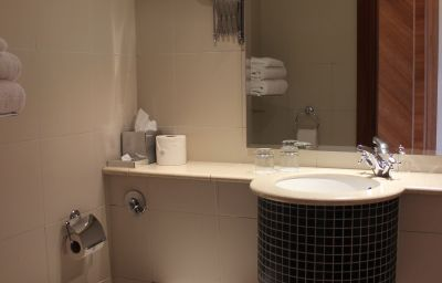 Savill_Court_Hotel_Spa-Egham-Bathroom-75290.jpg