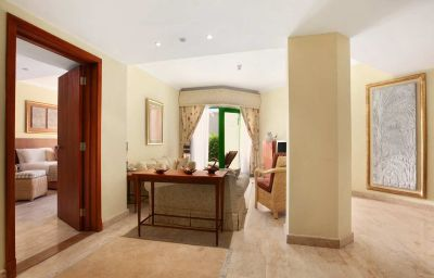 Hilton_Hurghada_Resort-Hurghada-Suite-4-75377.jpg