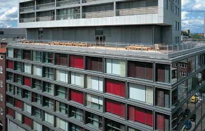 SIDE-Hamburg-Exterior_view-3-75519.jpg
