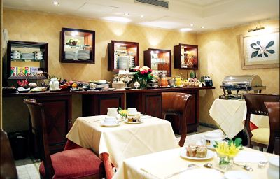 Villa_Montparnasse-Paris-Breakfast_room-1-76215.jpg